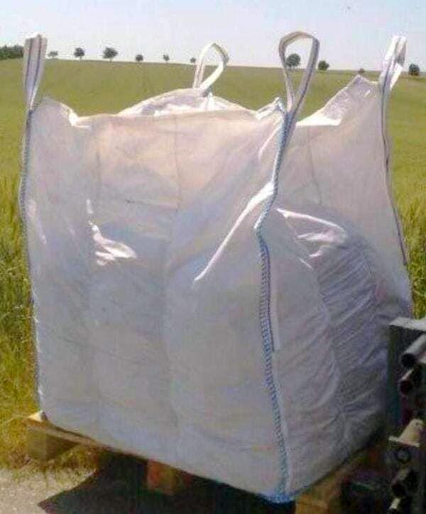 Q Bag mit Einfüllschürze auf Palette